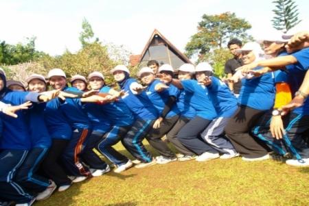 Outbound di Bogor untuk Hilangkan Sekat dalam Perusahaan