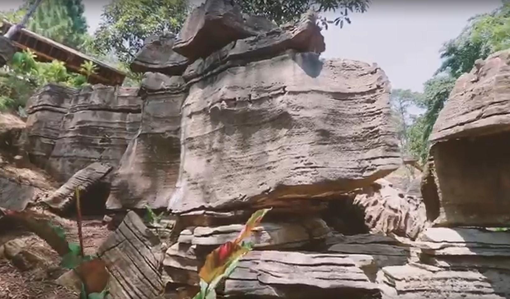 hiking gua garunggang sentul